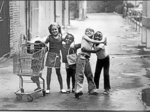 This imagine of kids playing  together in 1950s Detroit should help us remember that we are one.
